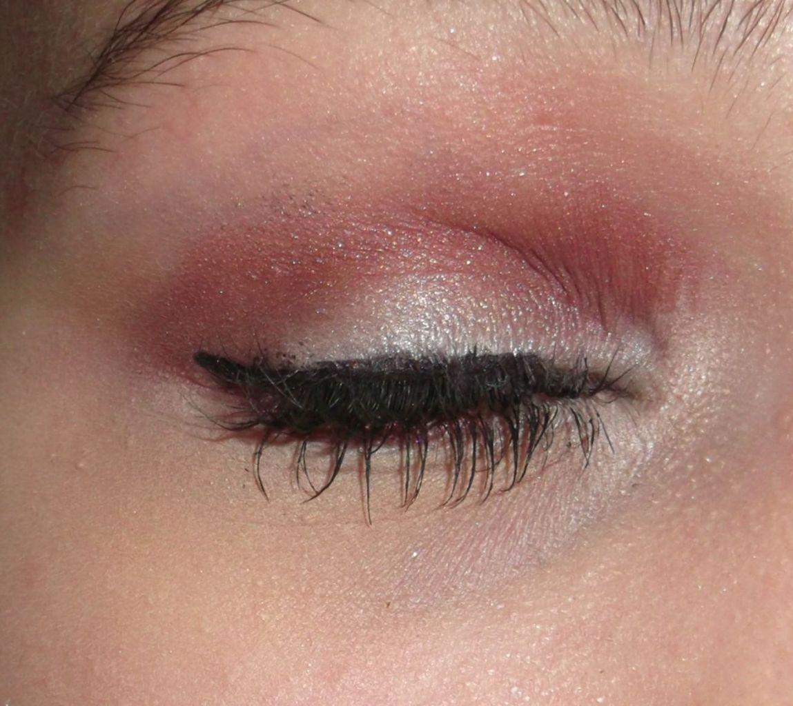 Maquillage pour tous les yeux �