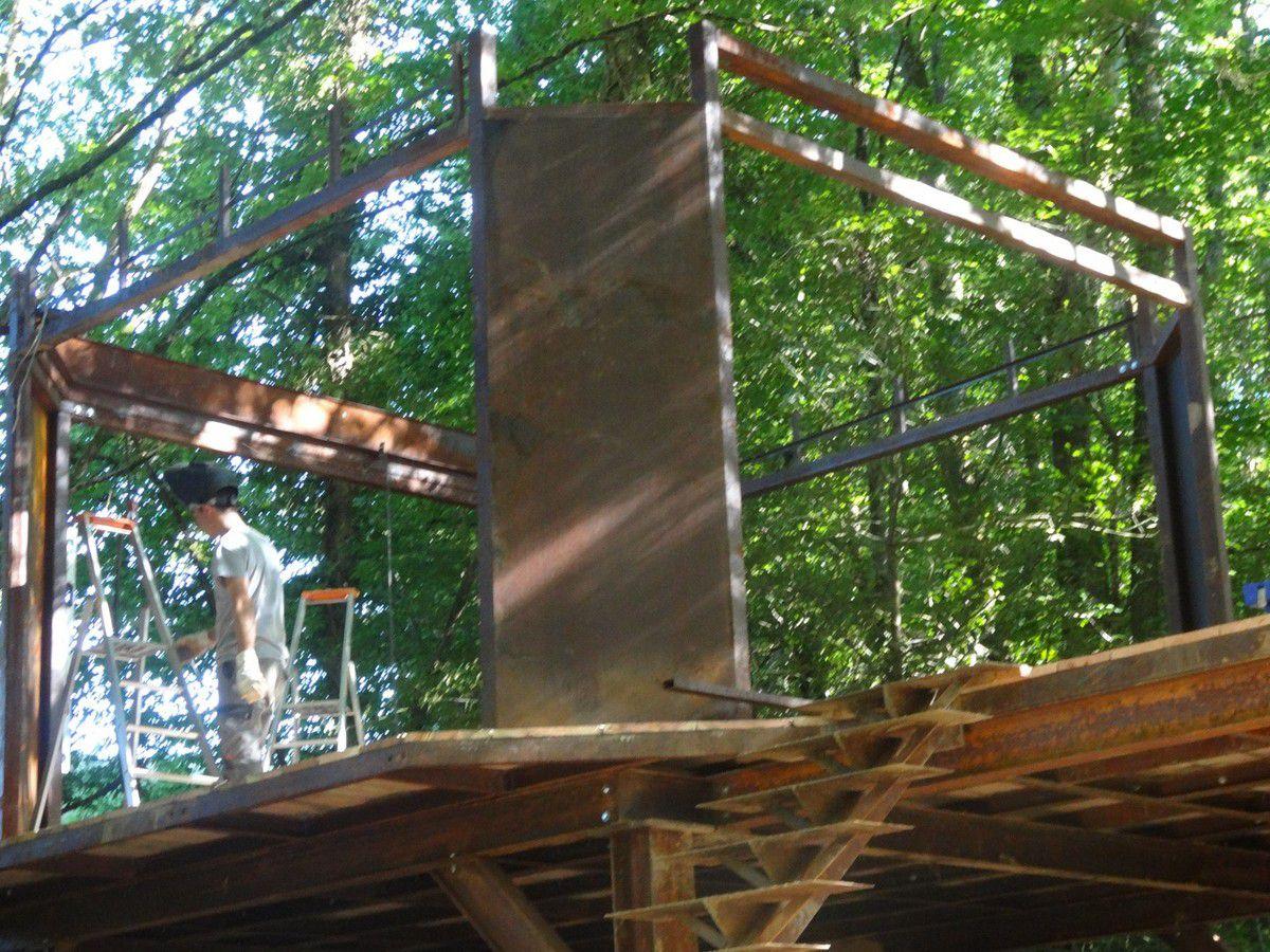 Cabane en métal