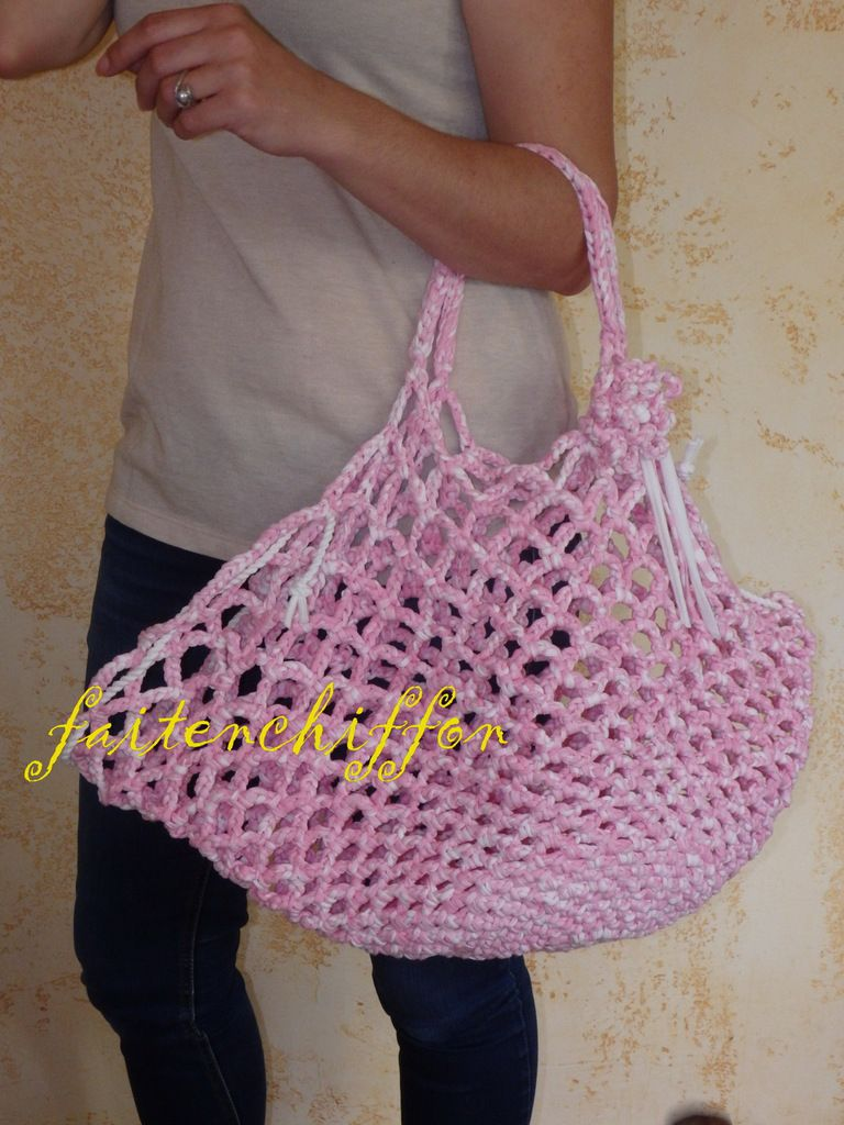 Sac / filet de plage en trapilho crocheté