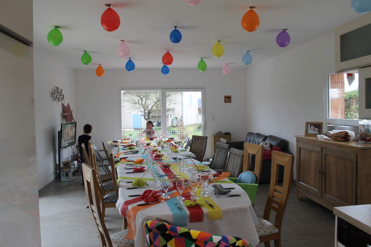 Justine a 3 ans le blog de poulichwagen for Une nappe de table