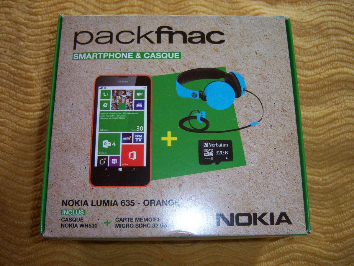 Pack Fnac Nokia 635 + Carte mémoire + Casque.