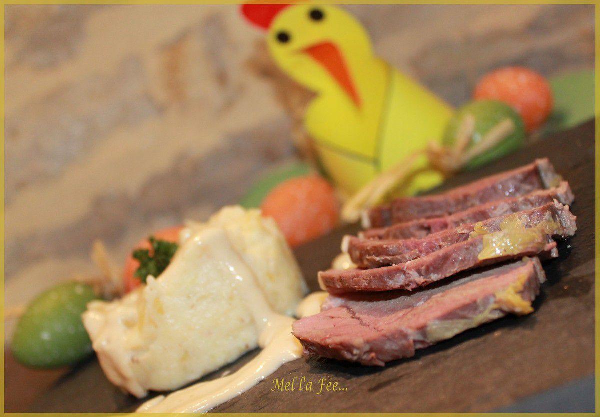 Magret de canard avec sa petite sauce poireau camembert et sa purée pomme de terre panais