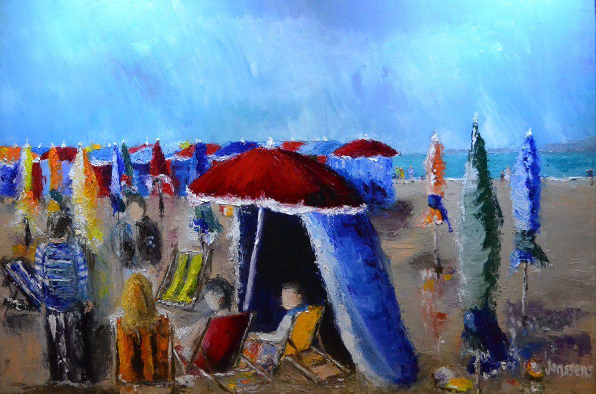 Deauville au printemps, premiers pas sur la plage, premiers parasols ouverts