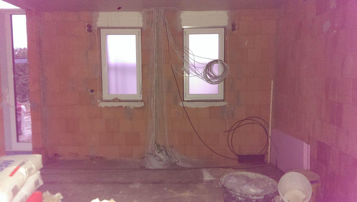 02.03.2015: Der Innenausbau geht mit Hochdruck voran...