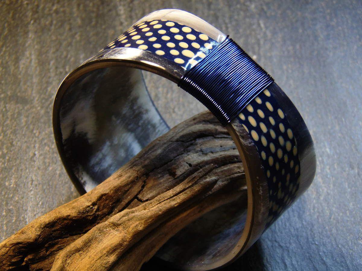"""Corne tons noirs &#x3B; mokumé bleuté... """"Révision"""" de la recette corne en vue du stage de Nevers dans quelques jours."""