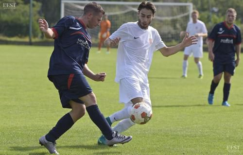 Animateurs de la rencontre, Gaëtan Pasquarelli (à gauche) a signé le but de la victoire tandis qu'Allan Marandel était à l'origine des deux buts ludréens.