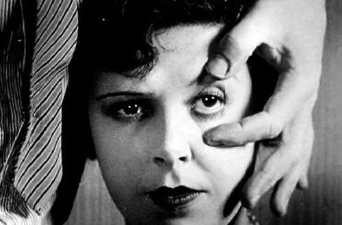 El cine de Luis Buñuel en una clase.