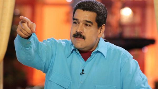El régimen de Nicolás Maduro castiga a quienes votaron a favor del referéndum revocatorio (EFE)