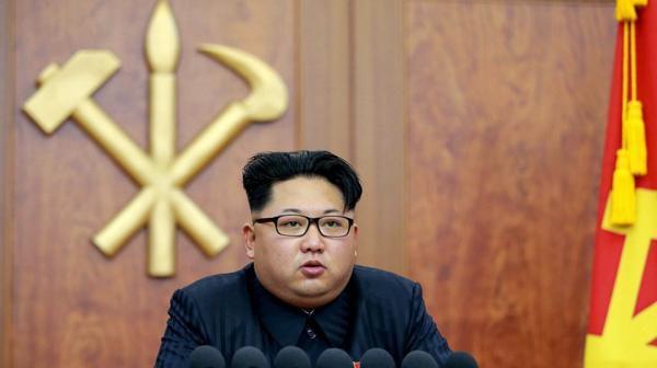 """El líder de Corea del Norte aseguró en un mensaje de año nuevo que su país está en las últimas fases antes de probar un arma acapaz de llevar una ojiva nuclear a grandes distancias y que Pyongyang no puede ser alcanzada ni siquiera """"por el enemigo más potente"""""""