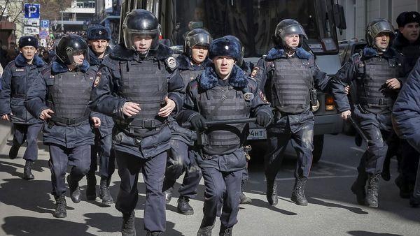 La policía desarticuló rápidamente la protesta opositora (Reuters)