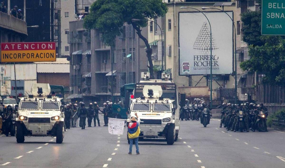 Tres manifestantes relatan cómo se han convertido en iconos por su manera de protestar en las calles contra el régimen de Maduro
