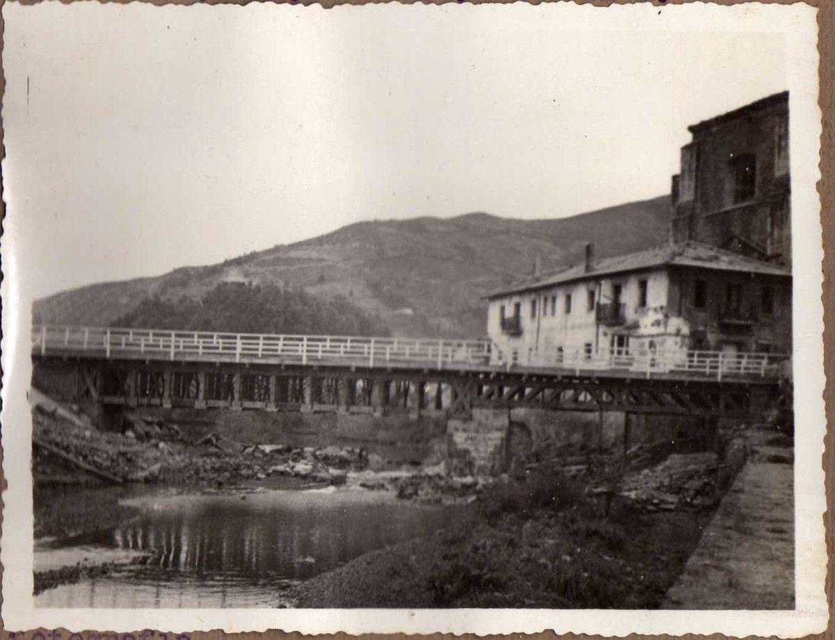 Puente de Somorrostro. Dos tramos vigas Vallespín de 18 m. Dos id . (tramos) id. (vigas) id. (Vallespín) de 11 m.