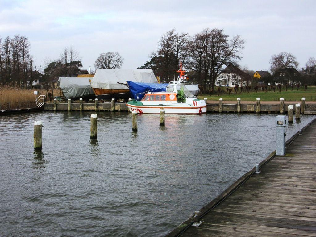 Der Hafen von Wiek.