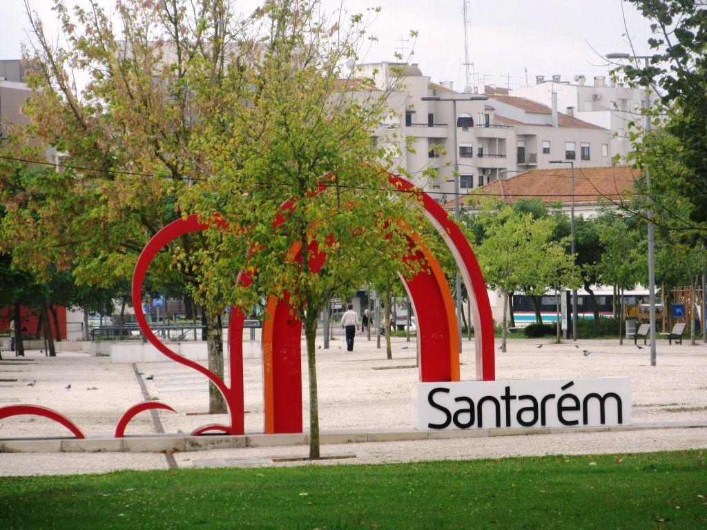 Erster Stopp in Santarem.