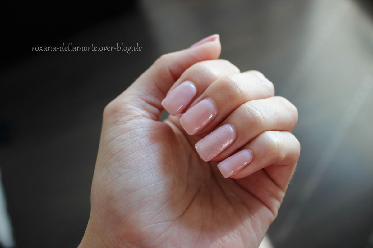 essence: the gel nail polish 04 our sweetest day &amp&#x3B; 05 sweet as candy | #longlastinglove NOTD
