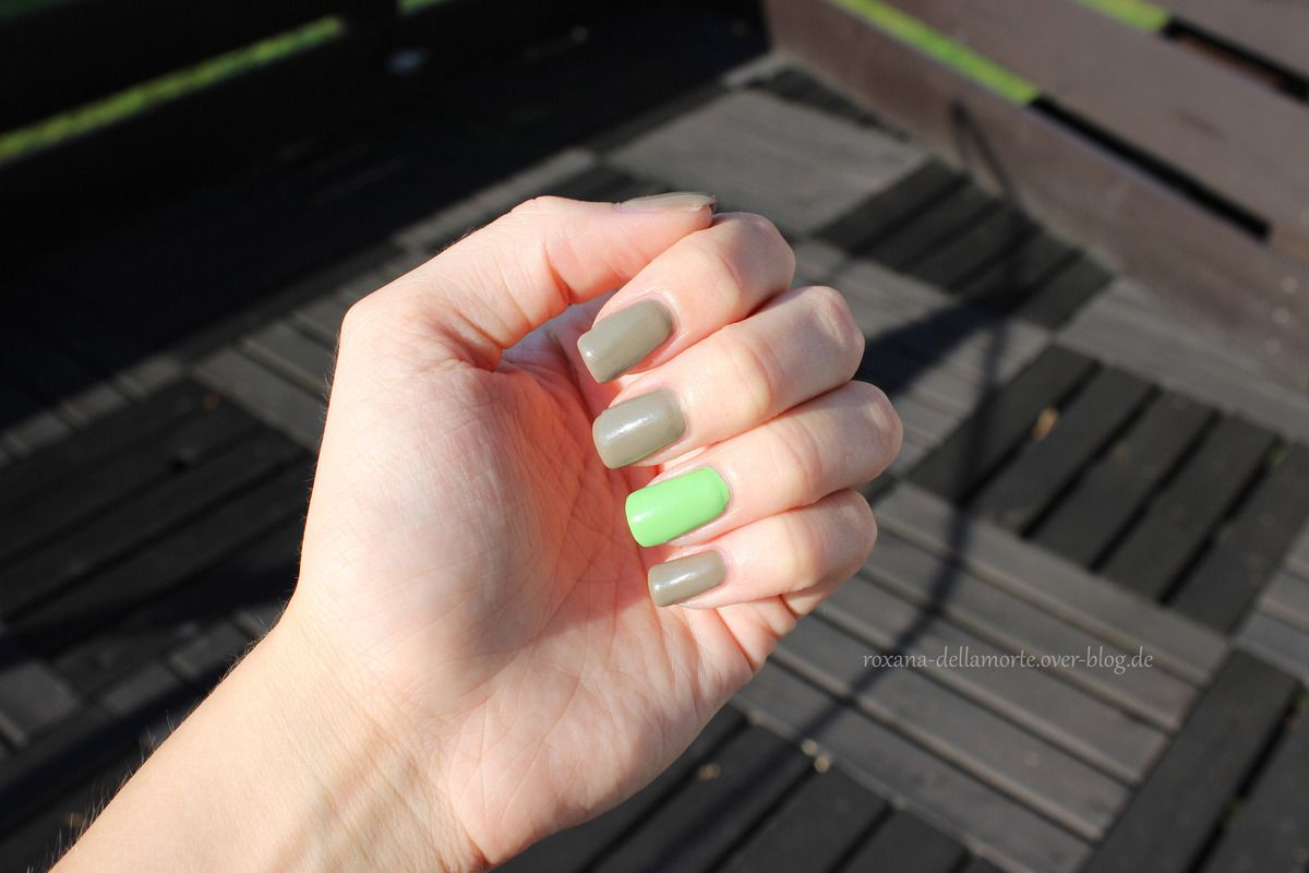 essence: the gel nail polish 26 brazil jungle &amp&#x3B; 32 discreet agent | #longlastinglove NOTD