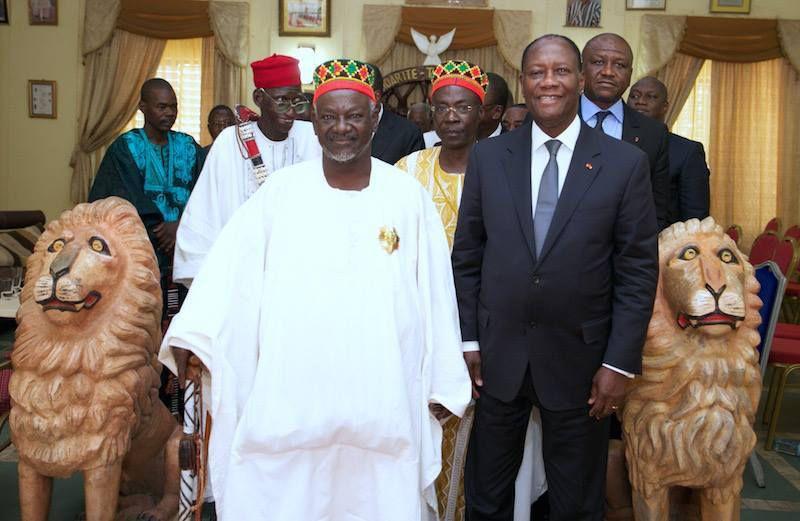 BURKINA-CÔTE d'IVOIRE : Que CACHE la VISITE de OUATTARA chez le MOGHO NAABA, Roi des Mossi ?