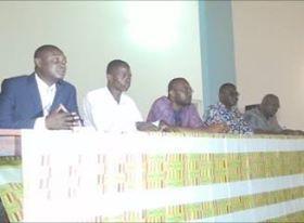 Les jeunes entrepreneurs de la région de la Kara à l'école des Trucs et astuces  pour réussir sa participation à une foire  commerciale.