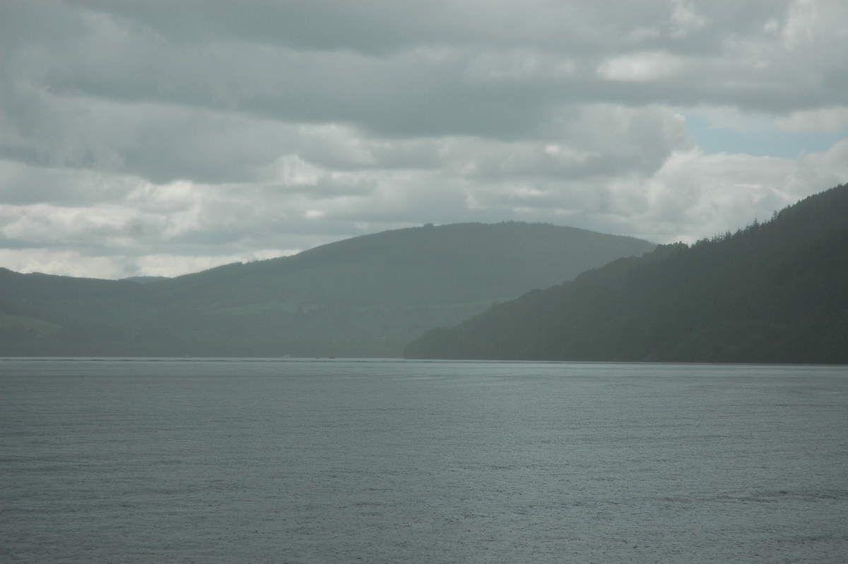 Le Loch Ness et les châteaux de Donan et Urquhart.