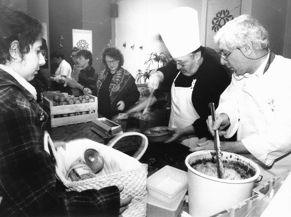 Le pavage de la rue fran ois mitterrand 1980 for Cuisinier 49