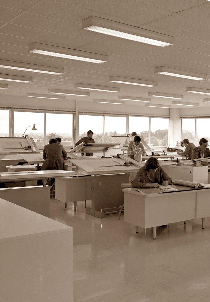Au travail ! Toujours les années 70