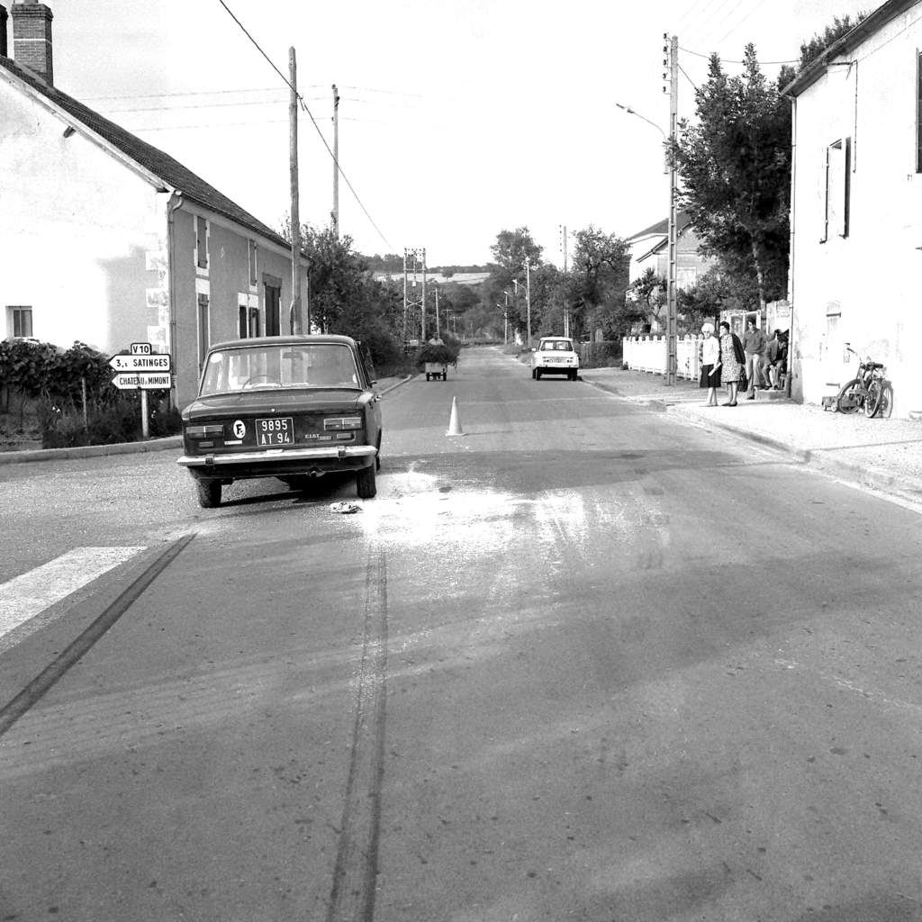 Pougues-les-Eaux, route de Guérigny