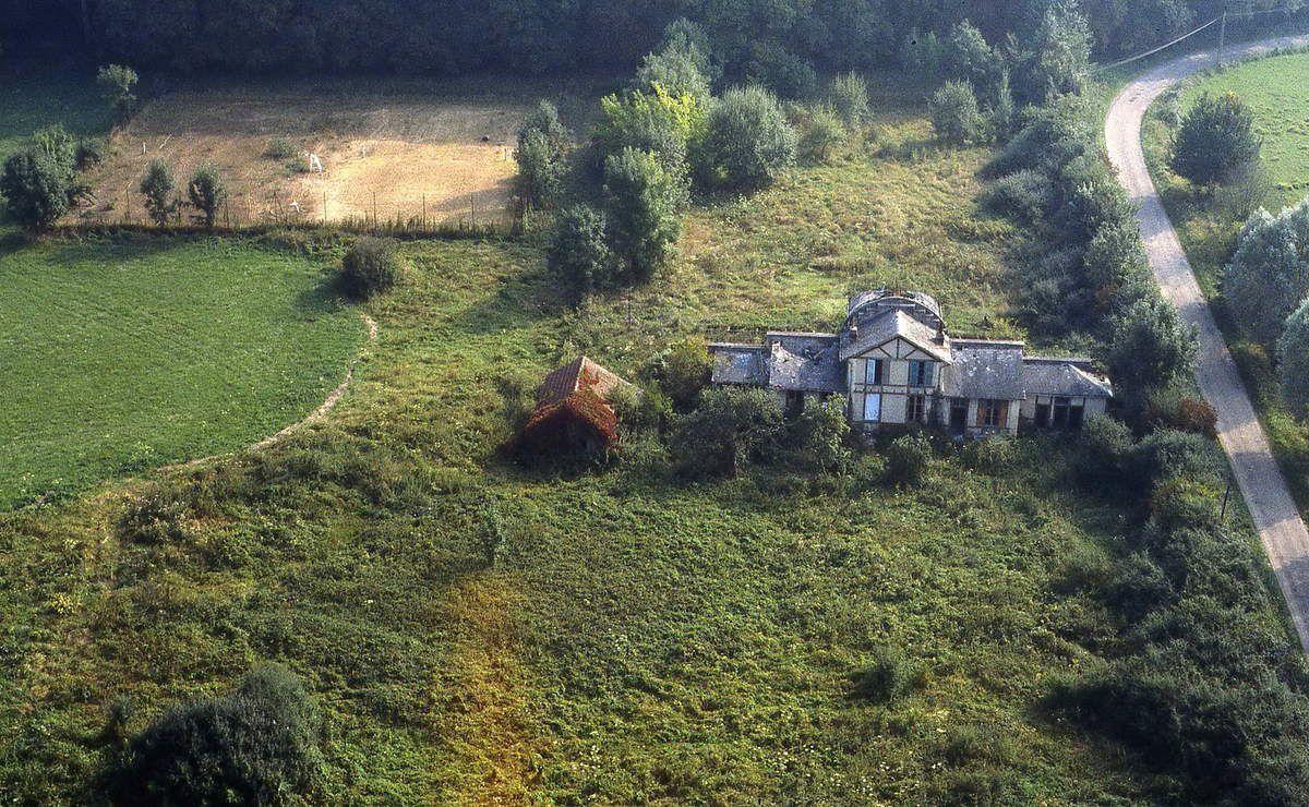 Les serres et la maison du jardinier en 1980