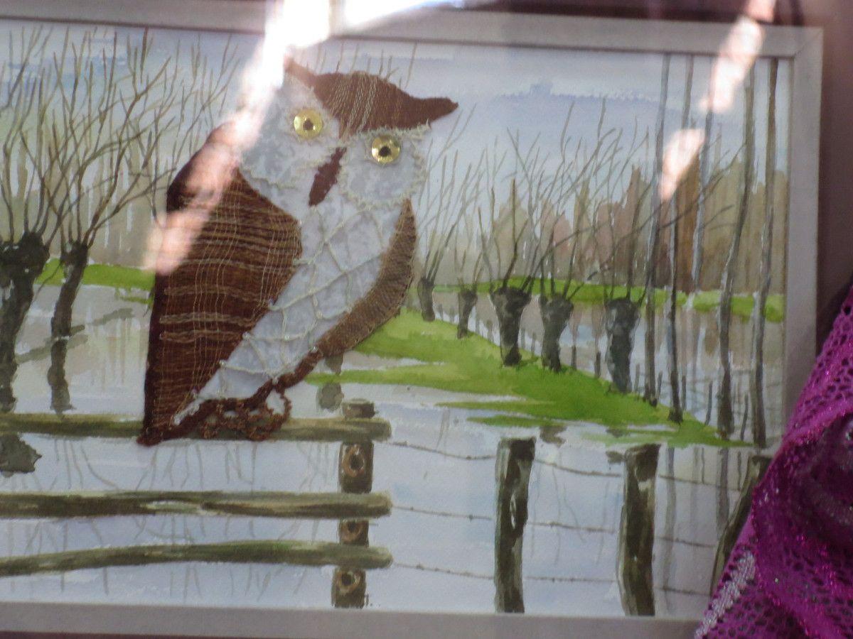 La peinture à l'aiguille... juste quelques mètres de distance, peuvent faire croire à une toile peinte.Superbe!