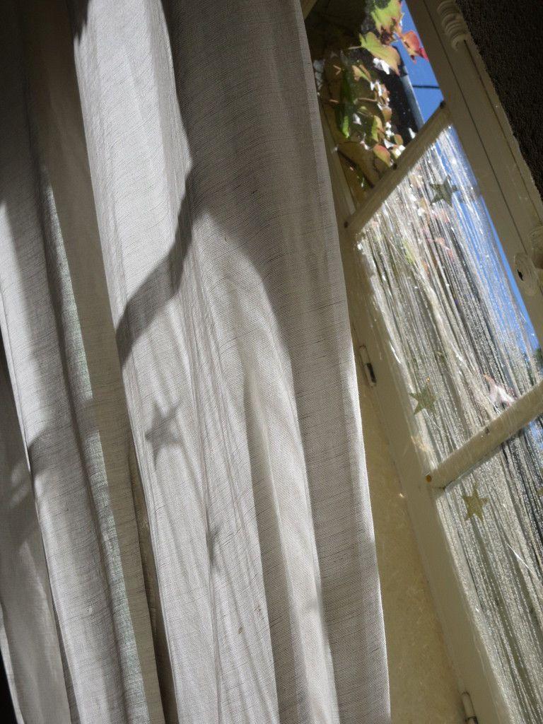 Une fenêtre.... chez moi.... OUF ! Liberté.....