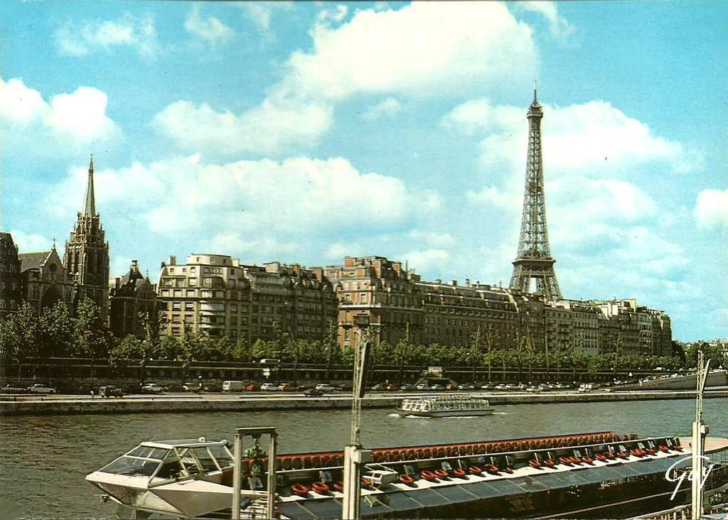 paris en carte postale la seine et la tour eiffel ann es 1980 balades comtoises. Black Bedroom Furniture Sets. Home Design Ideas