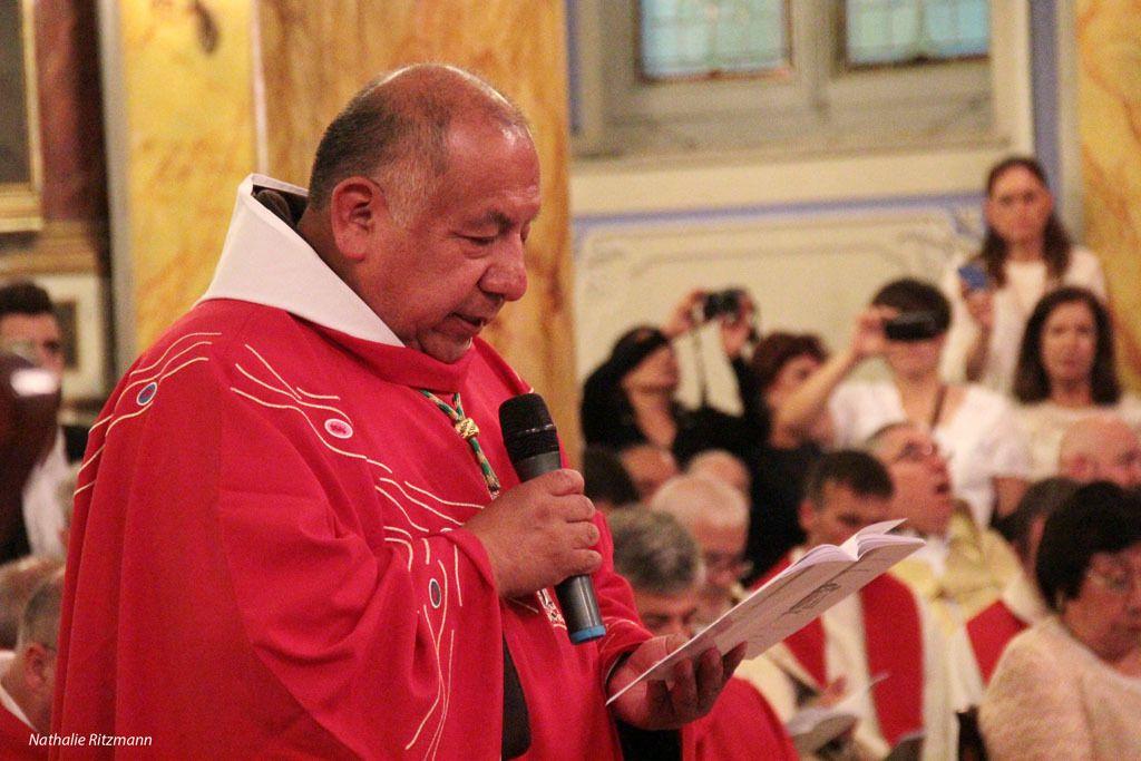 Mgr Rubén Tierrablanca Gonzales, nouvel évêque d'Istanbul,  répond aux différentes questions posées par le cardinal Sandri