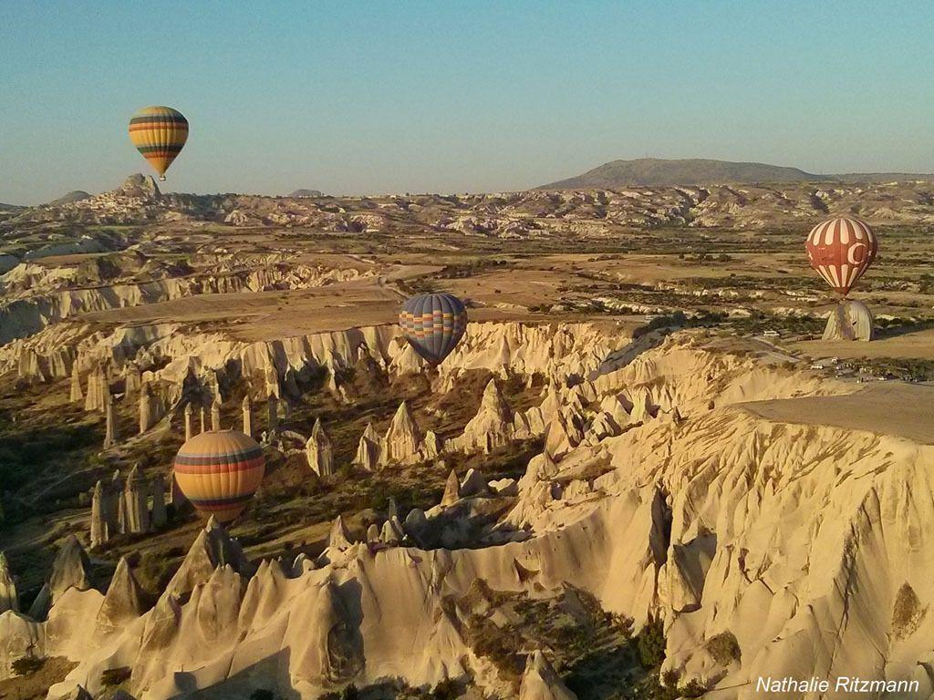 Un vieux rêve réalisé ce matin à l'aube pour fêter mes 13 ans de vie en Turquie, un vol en montgolfière