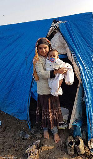 Beaux visages d'enfants syriens, camp de réfugiés Adana