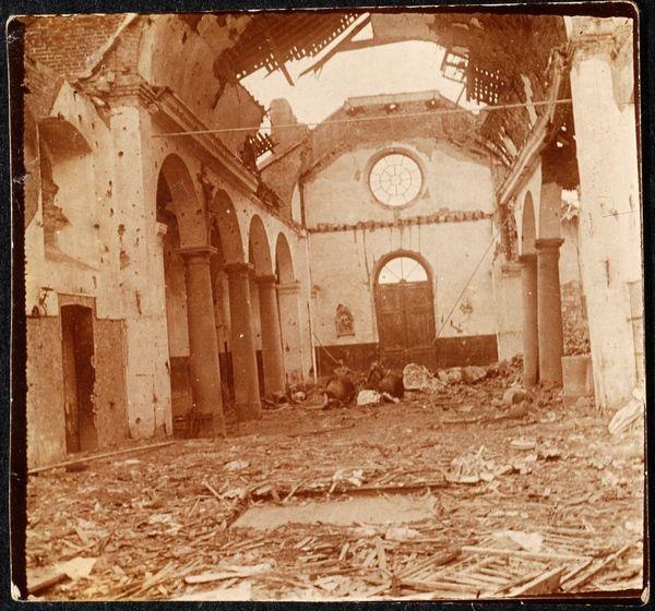 Eglise de Maricourt en ruine