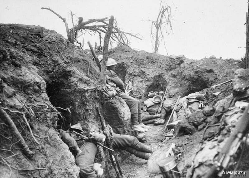 Tranchée dans la Somme en 1916