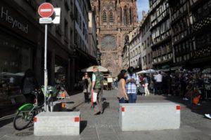 http://www.20minutes.fr/economie/2125171-20170902-braderie-lille-o-viennent-tous-blocs-beton