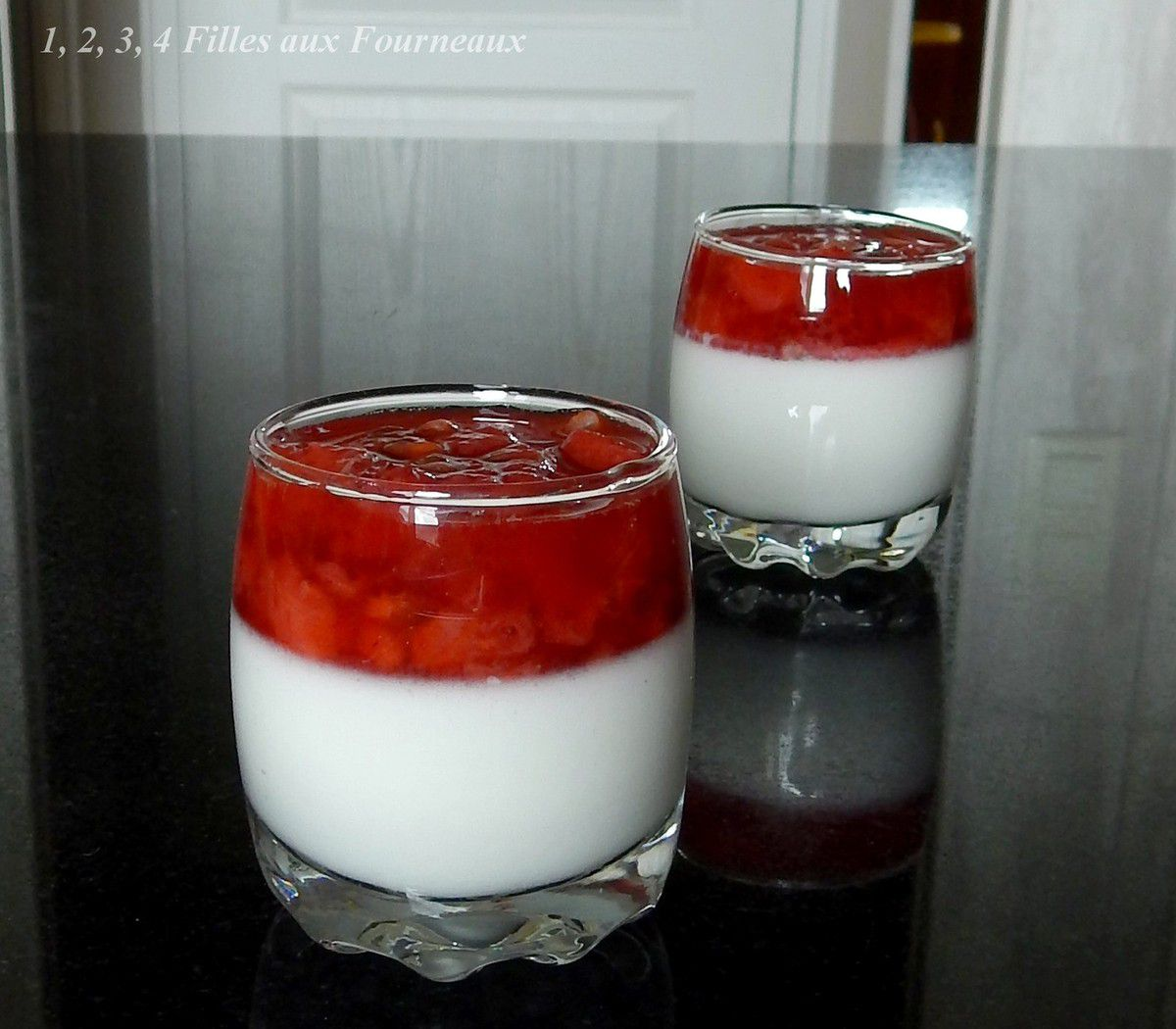 Panna cotta fraise passion noix de coco 1 2 3 4 filles aux fourneaux - Panna cotta noix de coco ...