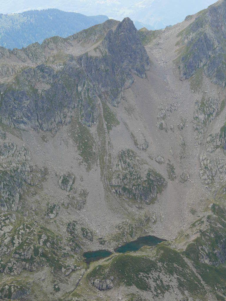 Clichés 37 : BEAUFORTIN (lac du plan du jeu et le Grand Mont)