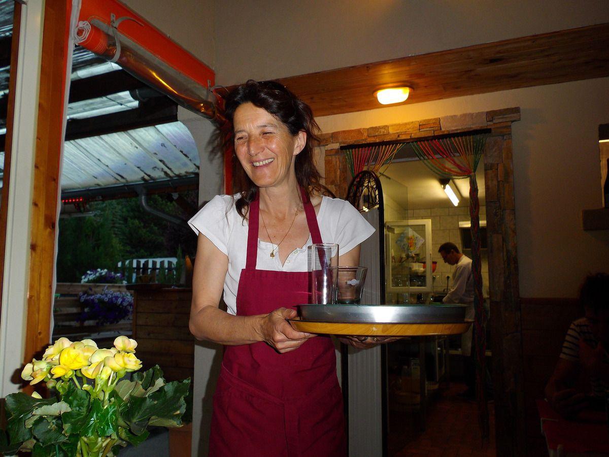 Des services avec charisme,  une cuisine délicieuse,