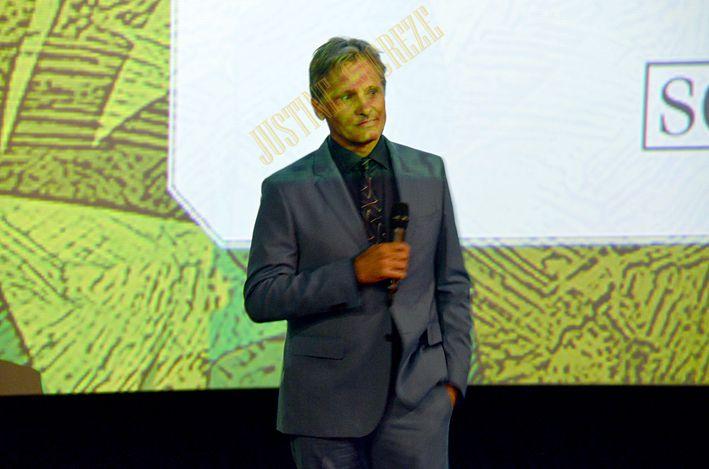 Viggo Mortensen venu dire quelques mots avant la projection du film Captain Fantastic !