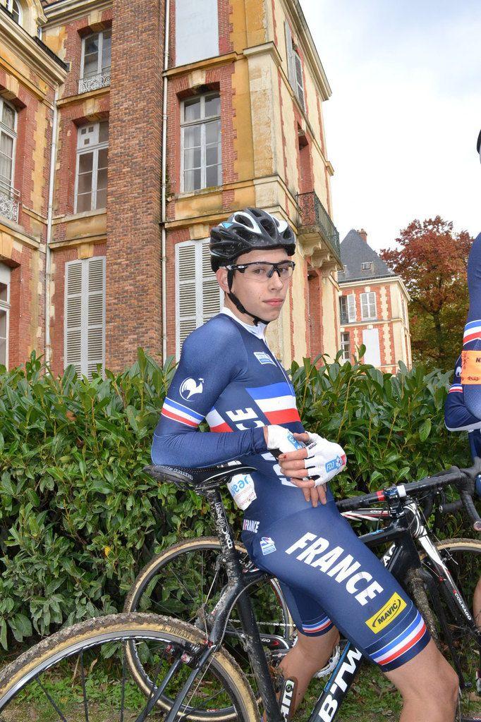 Dédicaces d'un 1 300è coureur: Quentin NAVARRO