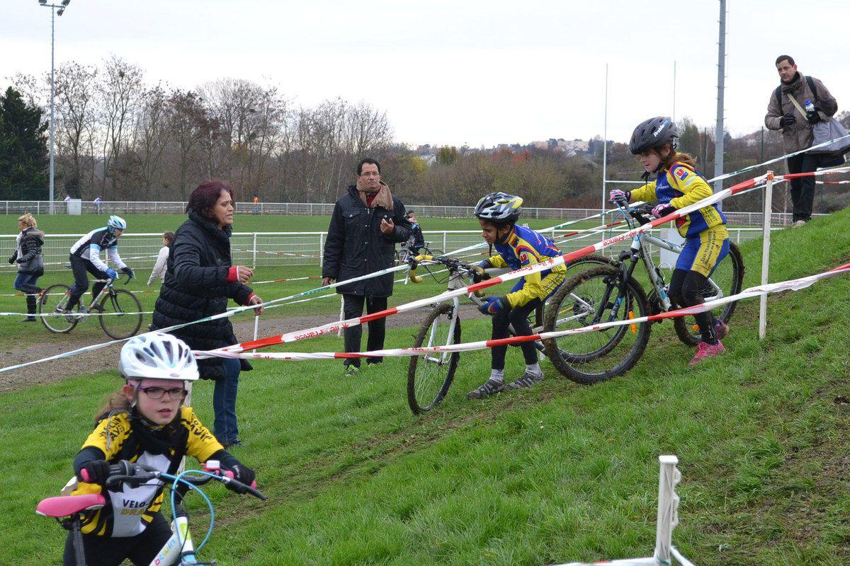 Cyclo-Cross de Longjumeau : école de vélo, 7 12 2014
