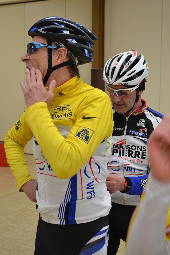 Après l'arrivée, Michel BRIAT et Dominique RENAUD (AAOC Wissous)