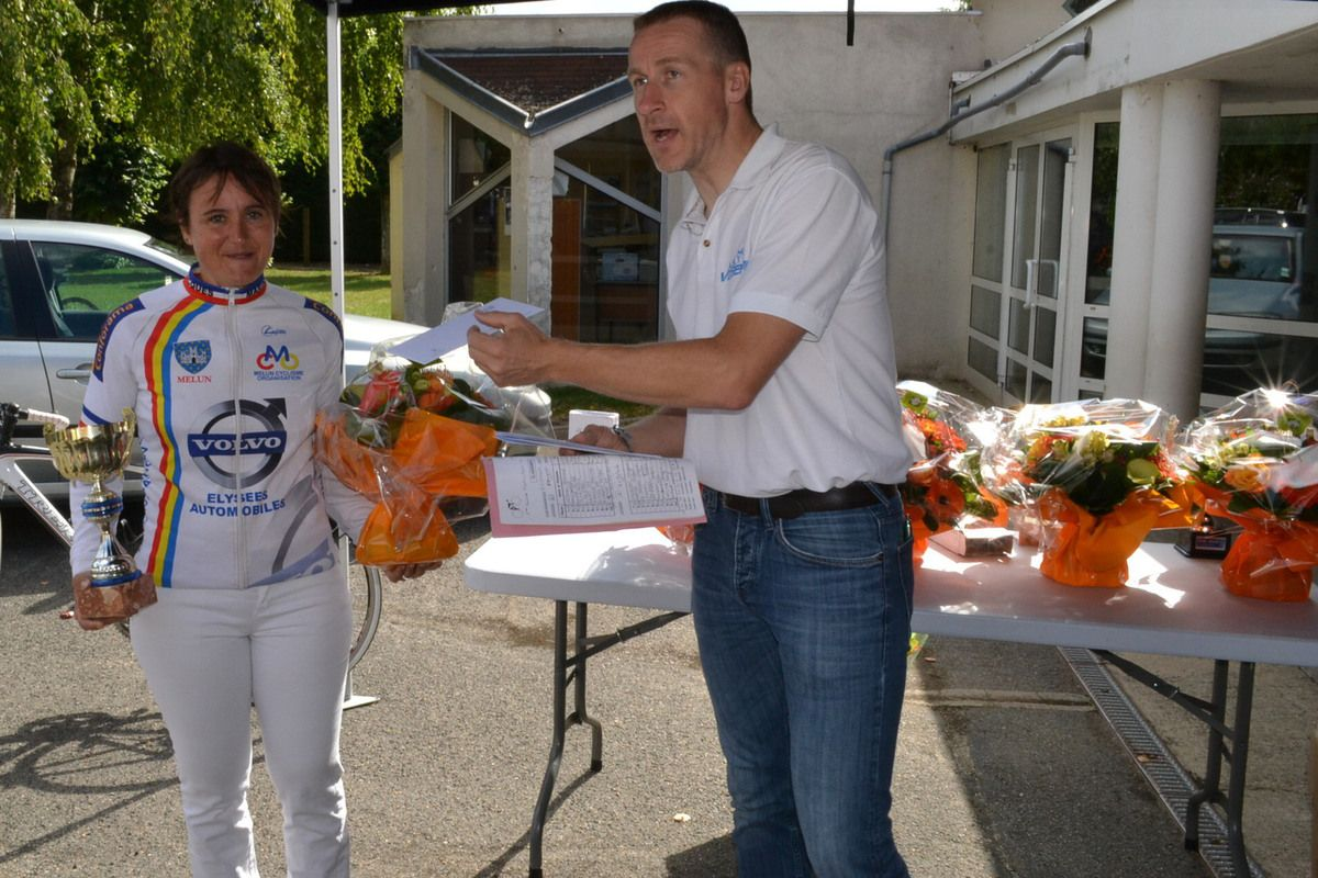 "Récompenses ""GS"": Karine MARTINO, Pascal BACZINSKI 2è, Michel GOUPIL 3è et Bernard LEBOUCQ, 1er."