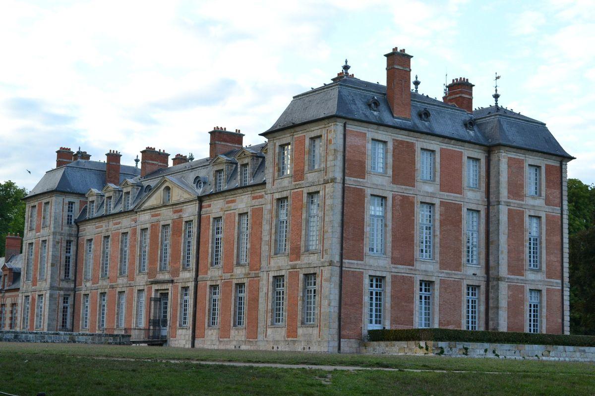CHAMARANDE (91) son château, son parc, ses expositions et CHICKEN RUN le film