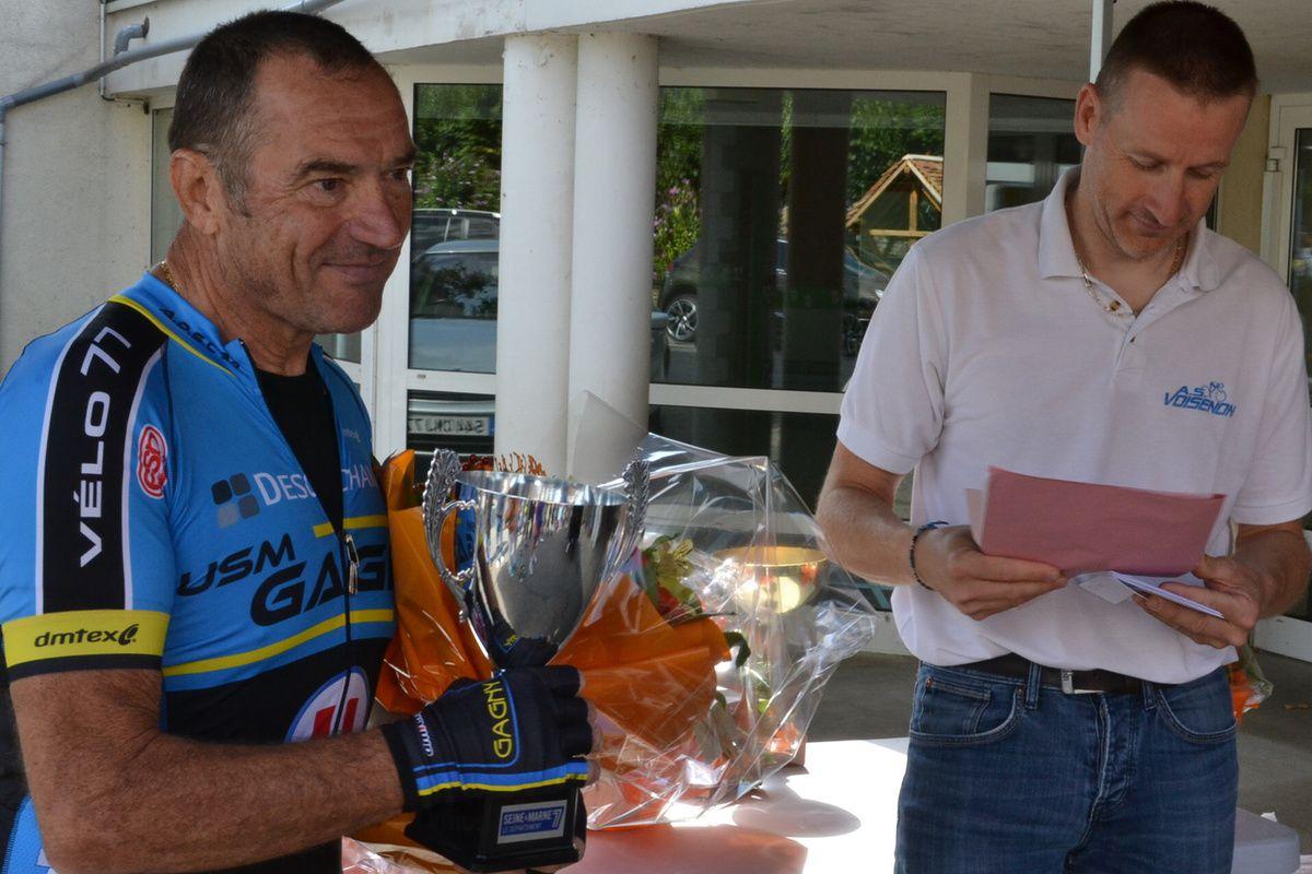 Bernard LEBOUCQ (USM Gagny) vainqueur à Crisenoy (77), le 16 août 2015