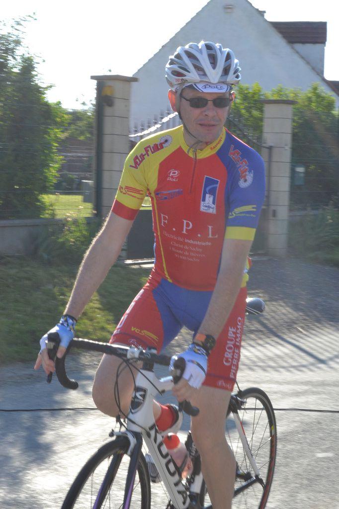 Arnaud WOLFERBERGER (VC Savigny)