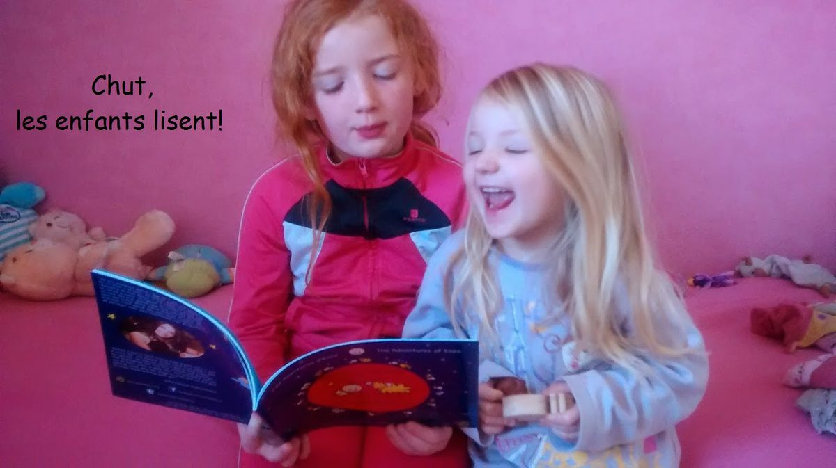 Chut les enfants lisent! Chers Maman et Papa