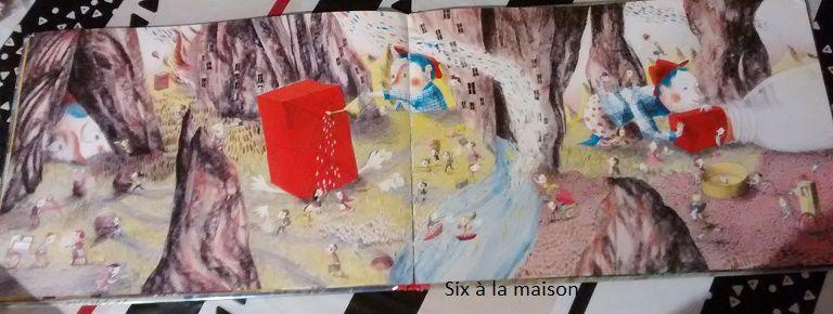 Le colis rouge de Clotilde Perrin paru aux Editions Rue du monde.