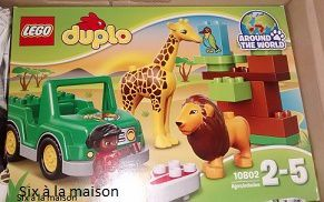Duplo, lion girafe safari.